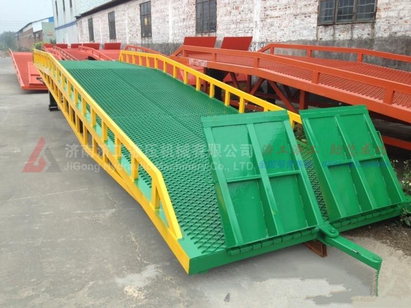 移动式登车桥厂家,移动式登车桥价格